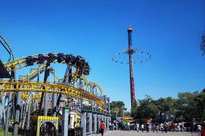 Six Flags y otras 400 marcas retirarán sus anuncios de Facebook, luego de que la compañía no ofreciera soluciones tangibles