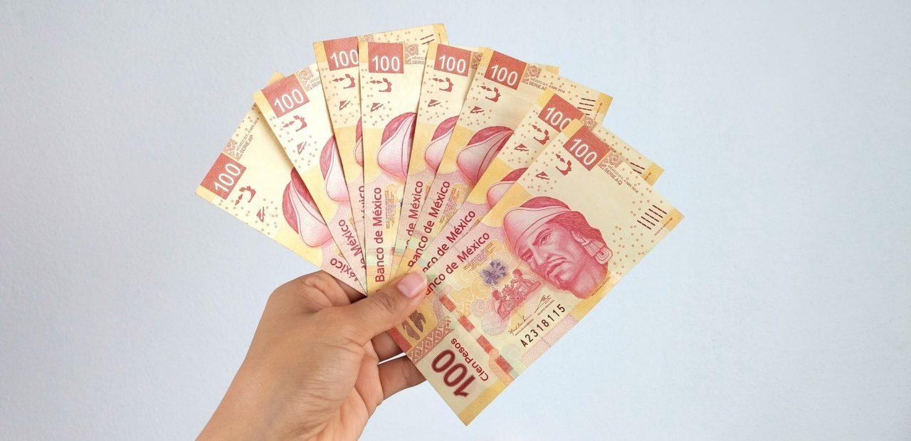 peso mexicano moneda remesas dolar banxico dinero