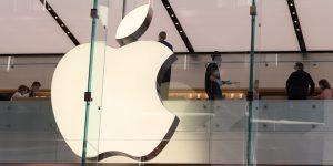 Apple lanza curso gratuito de programación en línea para ayudar a educadores de Estados Unidos