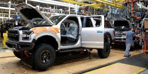 La falta de motores hechos en México podría provocar que Ford cierre plantas en Estados Unidos