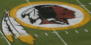15 mujeres denunciaron a altos ejecutivos de los Washington Redskins por acoso sexual