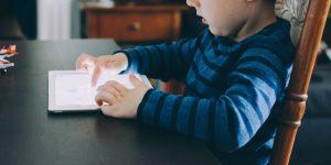4 aplicaciones para que los niños aprendan sobre economía familiar desde la comodidad de su celular o tablet
