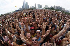 Los conciertos y festivales de música no regresarán hasta 2022, dice el cofundador de Lollapalooza