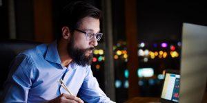 El estudio de trabajo desde casa de Microsoft revela que las reuniones son demasiado largas y la gente trabaja más durante la pandemia