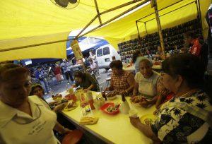 El consumo en México se colapsa en la primera mitad del año mientras la pandemia de Covid-19 se profundiza: Moody's
