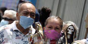 La mitad de los mexicanos ve con buenos ojos multar a las personas que no cumplan las medidas de higiene – como no usar el cubrebocas