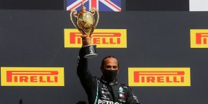 Lewis Hamilton gana el GP de Gran Bretaña con una llanta ponchada