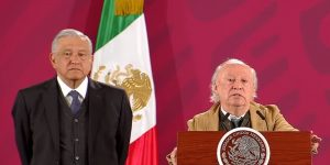 Víctor Toledo, secretario de Semarnat, asegura que en el gobierno federal hay contradicciones y luchas de poder