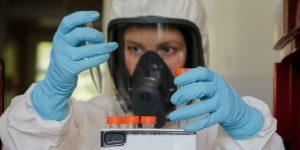 Vladimir Putin anuncia que Rusia aprobó la primera vacuna contra el Covid-19 – y se llama Sputnik, como el satélite.