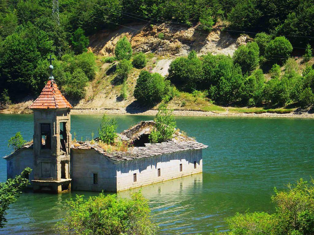 lugares abandonados Macedonia