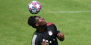 """Alphonso Davies, el """"Messi-stopper"""" con el que Bayern eliminó al Barcelona de la Champions League"""