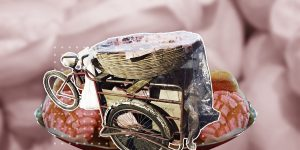 ¡El paaaaaan! Así es el oficio de la venta de pan y café en triciclos de carga