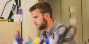 5 estrategias para aprender a cobrar si eres freelance —y sin que te dé pena hacerlo