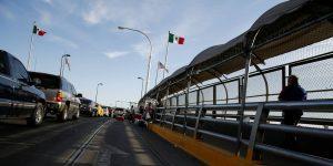 Estados Unidos refuerza frontera con México para limitar los viajes no esenciales de ciudadanos estadounidenses y frenar la propagación del coronavirus