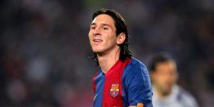 Estas fotografías muestran cada uno de los 17 años que Lionel Messi jugó en el FC Barcelona