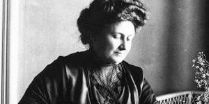 8 cosas que probablemente no sabías de María Montessori, la mujer que revolucionó la educación con su modelo pedagógico