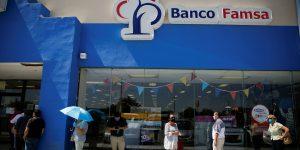 Cerca de 2,500 ahorradores defraudados por Famsa piden no ser excluidos del proceso de liquidación del banco; buscan recuperar 9,000 millones de pesos