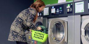 Unilever invertirá 1,000 millones de dólares para reducir el uso combustibles fósiles en sus detergentes