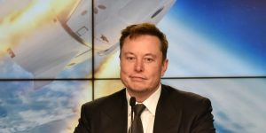 """La vez que Elon Musk  quería lanzar su bebida """"Teslaquila"""" y chocó con la industria mexicana del tequila"""