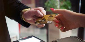 8 cosas que siempre conviene pagar con tarjeta de crédito