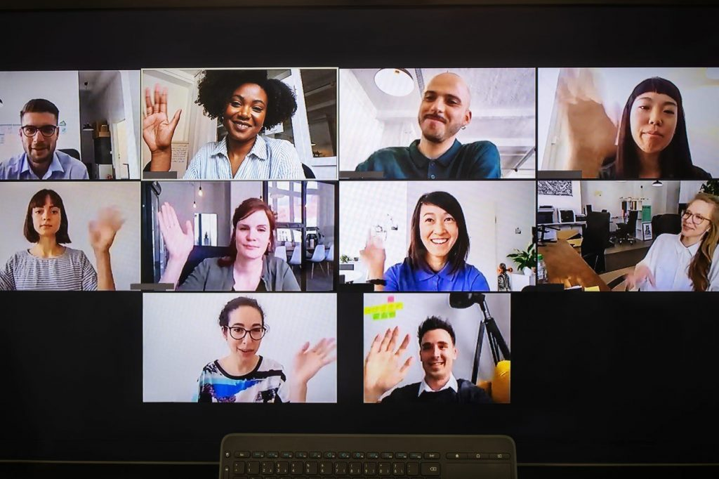 12 formas en que las empresas mantienen a sus empleados felices |