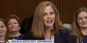 ¿Quién es Amy Coney Barrett, la jueza que Trump considera para ocupar el puesto de Ruth Bader en la Corte Suprema de EU?
