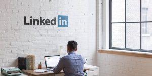 LinkedIn tiene una nueva función de historias, pero no debes usarla como si fuera Instagram