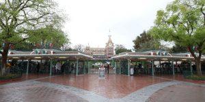 Disney despedirá a 28,000 empleados de sus parques temáticos, debido al golpe del coronavirus