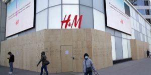 H&M bajará la persiana del 5% de su red de tiendas y pierde 139 mdd en los primeros nueves meses del año
