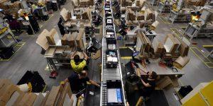 Los principales sindicatos europeos reclaman a Bruselas que investigue el espionaje de Amazon a sus trabajadores