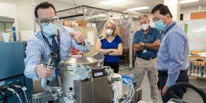 La NASA lanzó un inodoro experimental de 23 millones de dólares a la Estación Espacial Internacional. Pero a sus diseñadores les preocupa que sea demasiado apestoso.