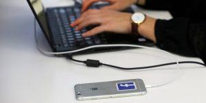 Los moderadores de Facebook volverán a la oficina, mientras quienes trabajan tiempo completo podrán trabajar en casa hasta julio de 2021