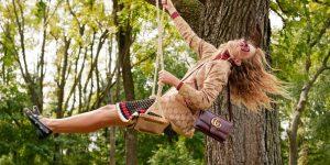 Gucci se asoció con The RealReal, uniéndose a un número creciente de marcas de lujo que se adhieren a la plataforma. Esto muestra qu el apetito por la ropa de alta gama no morirá, solo evoluciona