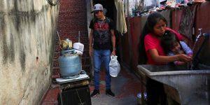 El coronavirus destruye a la clase media en América Latina —cada vez más personas caen en pobreza