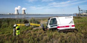Bélgica usa una «aspiradora» gigante para eliminar el plástico de una reserva natural