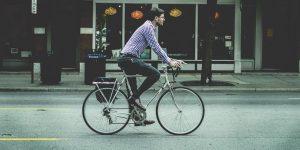 ¿Extrañas trasladarte a tu empleo todas las mañanas? Aquí algunas ideas para recuperar los beneficios de viajar al trabajo y las razones para hacerlo