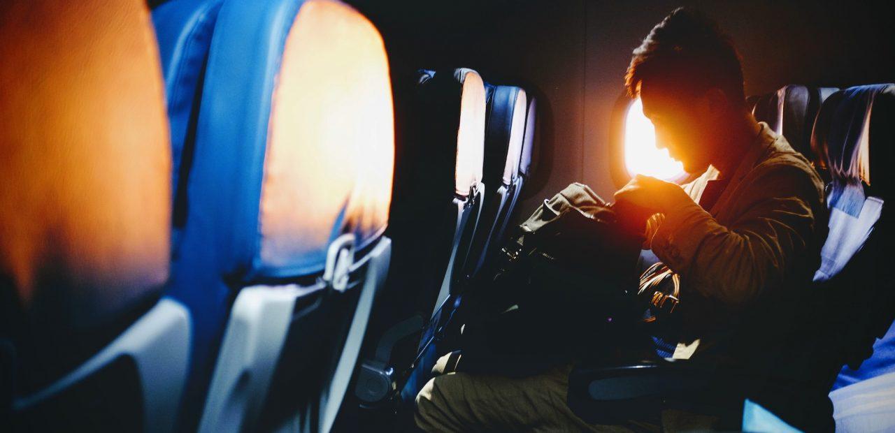 Expertos dicen que sí es probable contraer Covid-19 en un avión | Business Insider Mexico