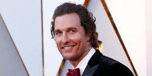 Matthew McConaughey dice que fue chantajeado y abusado sexualmente cuando era adolescente