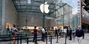 Cómo la Apple Store planea evitar largas filas y multitudes para el lanzamiento del iPhone 12