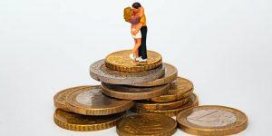 Después de 22 años de matrimonio, puedo decir con seguridad que combinar las finanzas es lo mejor para una relación