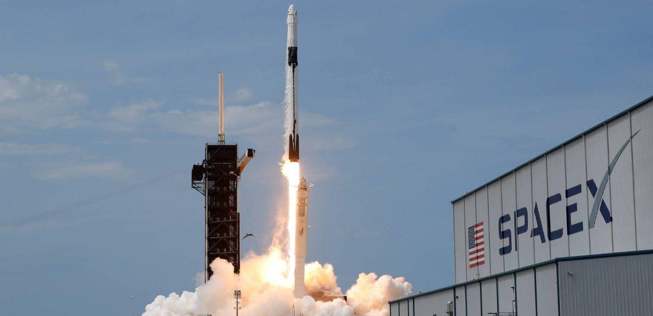 NASA SpaceX Blue Origin