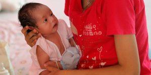 Las altas tasas de embarazo adolescente cuestan a México 4.1 mdd al año, estima la ONU