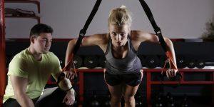 No, tener un cuerpo en forma no significa comer menos. Desmentimos el mito «tonificar los músculos»