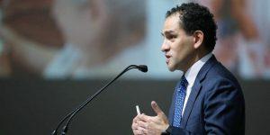 Arturo Herrera discutirá un nuevo plan de infraestructura con AMLO y desmiente salida del gabinete