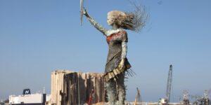 Artista libanesa convierte escombros de la explosión de agosto en un símbolo de esperanza