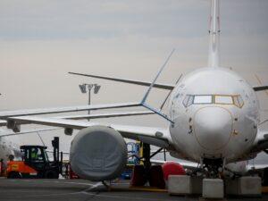Los aviones Boeing 737 Max volverán a volar. Lo que necesitas saber de los dos años que pasaron inmovilizados