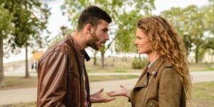 4 maneras en que la masculinidad tóxica puede aparecer en tu relación
