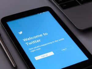 La nueva función Fleets de Twitter puede abrir la puerta a campañas de acoso