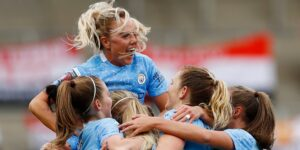 La FIFA introducirá la licencia obligatoria por maternidad para proteger los derechos de las jugadoras