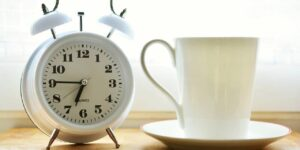 6 hábitos matutinos que deberías abandonar si quieres aprovechar tu día
